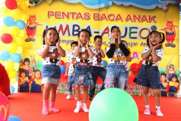 Pentas Baca English biMBA Pondok Safari