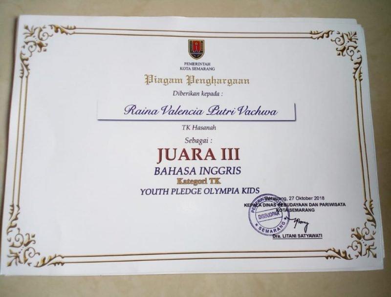 "Sertifikat Juara III dalam ajang lomba ""Youth Pledge Olympia Kids"""